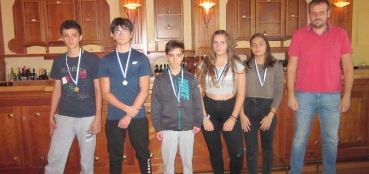 Σκάκι: Χρυσό για Λάζαρο Γυμνόπουλο και Γιώργο Αναστασίου, χάλκινο για Λουκά Σιώκη