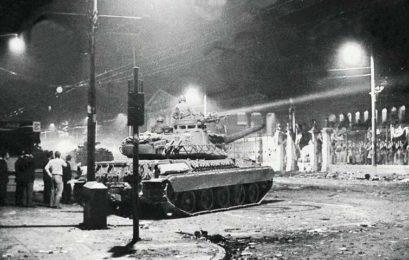 Στο πλευρό των φοιτητών τιμώντας την εξέγερση του Νοέμβρη