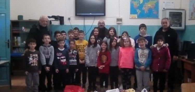 Το δημοτικό σχολείο Περάσματος προσέφερε στη δράση «Φαγητό για όλους»