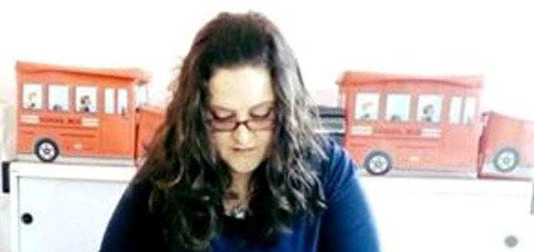 Η Γιώτα Κοτσαύτη, συγγραφέας και η δημιουργός της παιδικής βιβλιοθήκης στη Λεβαία, μιλάει για την τέχνη της γραφής