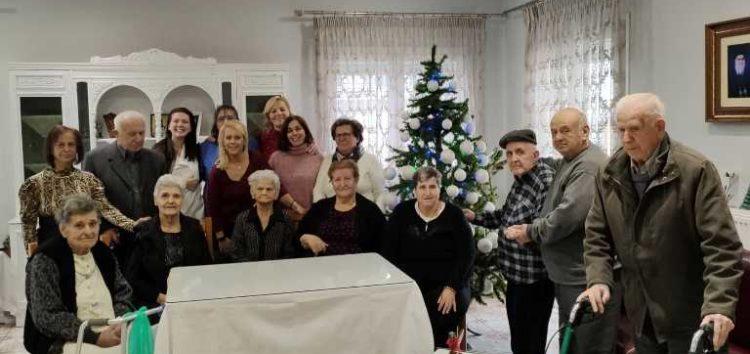 Η Ιωάννα Βλάχου διασκέδασε τους ηλικιωμένους στο Γηροκομείο Φλώρινας