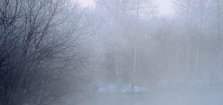 Σινιάκι: Η παγωμένη ομίχλη που «εξαφανίζει» τη Φλώρινα (video)