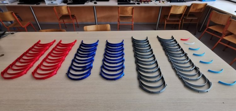 Κατασκευή προστατευτικών μασκών για τον κορωνοϊό από το 1ο ΕΚ και το ΠΕΚΤΠΕ Φλώρινας με χρήση 3D εκτυπωτή (pics)