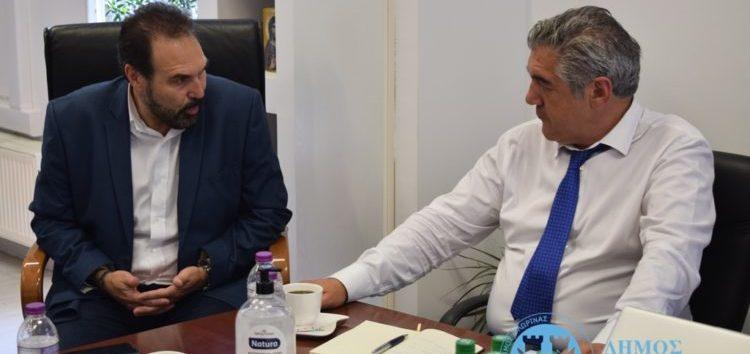 Συνάντηση του Δημάρχου Φλώρινας Βασίλη Γιαννάκη με τον Συντονιστή για τη Δίκαιη Μετάβαση Κωνσταντίνο Μουσουρούλη (video, pics)