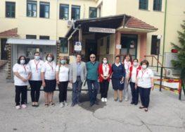 Τα μέλη του Ερυθρού Σταυρού Φλώρινας συνδράμουν στις δομές Υγείας του νομού (pics)