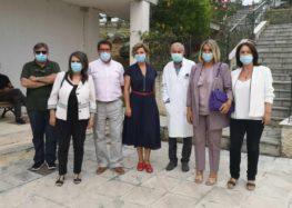 Η Π. Πέρκα για την παράδοση της δωρεάς της Κ.Ο. του ΣΥΡΙΖΑ στο Γενικό Νοσοκομείο Καστοριάς