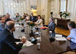 Ο Γιάννης Αντωνιάδης στη σύσκεψη υπό τον πρωθυπουργό Κυριάκο Μητσοτάκη για την πορεία του προγράμματος της μεταλιγνιτικής περιόδου