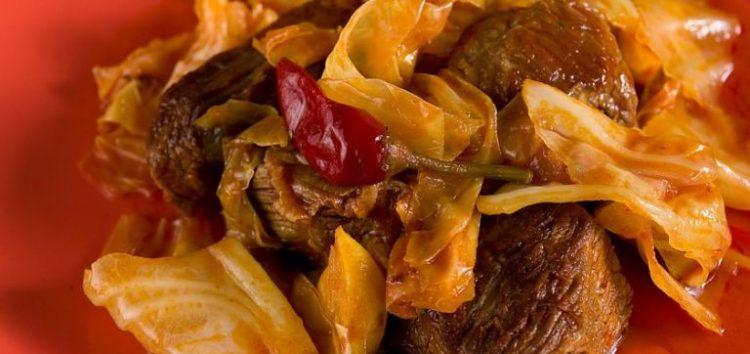 Τον Δεκαπενταύγουστο κρέας με λάχανο