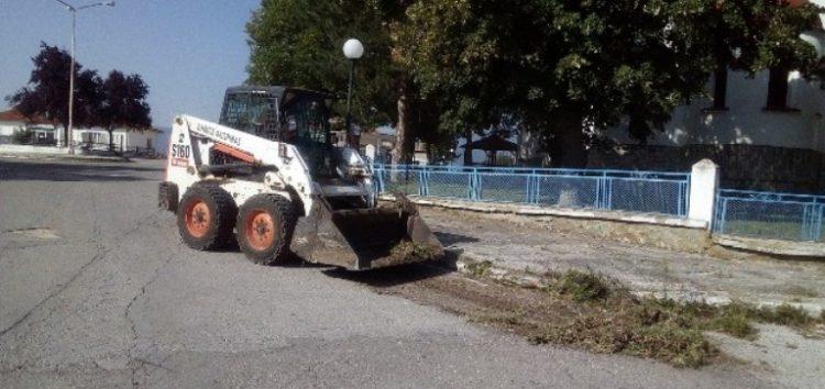 Καθαρισμός ρείθρων στην κοινότητα Νέου Καυκάσου