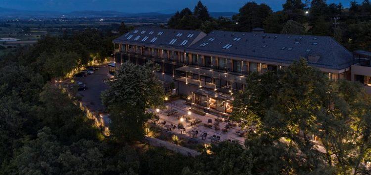 Θέσεις εργασίας από την εταιρεία The Lynx Mountain Resort