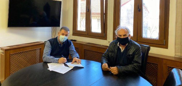 Υπεγράφη η σύμβαση έργου για την εσωτερική αποχέτευση της κοινότητας Σκλήθρου