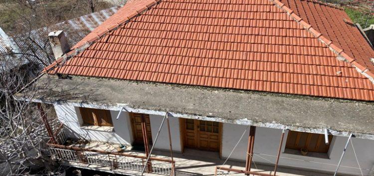 Πωλείται μονοκατοικία και κατάστημα στη Μελίτη
