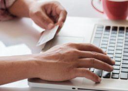 Τι πρέπει να προσέχουν οι καταναλωτές κάνοντας ηλεκτρονικές αγορές μέσω social media
