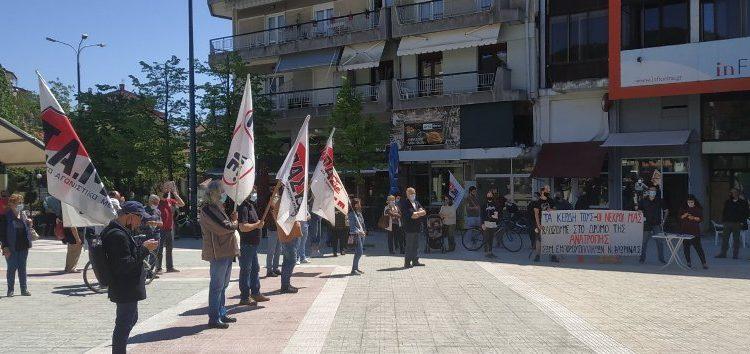 Η απεργιακή συγκέντρωση σωματείων και συλλόγων για την Εργατική Πρωτομαγιά στην κεντρική πλατεία της Φλώρινας (pics)
