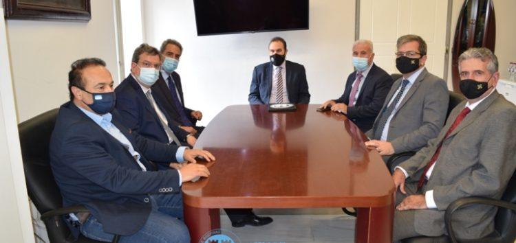 Συνάντηση του Δημάρχου Φλώρινας Βασίλη Γιαννάκη με τον Υφυπουργό Παιδείας και Θρησκευμάτων Άγγελο Συρίγο (pics)
