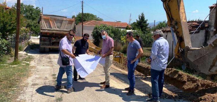 Το υπό εξέλιξη έργο κατασκευής εξωτερικού δικτύου αποχέτευσης Φιλώτα επισκέφτηκε ο δήμαρχος Αμυνταίου