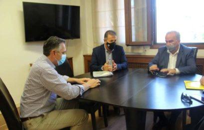 Με τον αν. Υπουργό Ανάπτυξης και Επενδύσεων Νίκο Παπαθανάση συναντήθηκε ο Δήμαρχος Αμυνταίου Άνθιμος Μπιτάκης