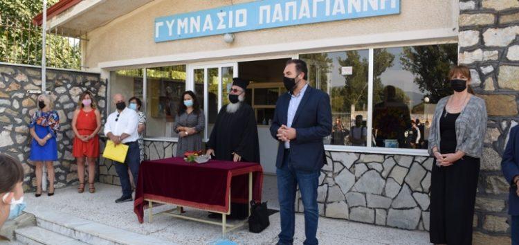 Σε αγιασμούς σχολικών μονάδων βρέθηκε ο Δήμαρχος Φλώρινας κ. Βασίλης Γιαννάκης (video, pics)