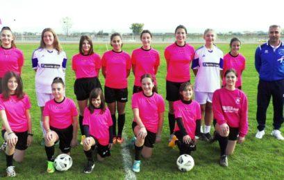 Τα κορίτσια της ομάδας ποδοσφαίρου του ΠΑΣ Φλώρινα στέλνουν το δικό τους μήνυμα για την πρόληψη του καρκίνου του μαστού