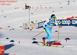 Τελευταία λαμπαδηδρόμος στην τελετή παράδοσης της Ολυμπιακής Φλόγας στο Καλλιμάρμαρο, η Φλωρινιώτισσα πρωταθλήτρια Χιονοδρομίας Παρασκευή Λαδοπούλου